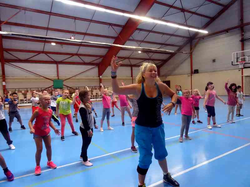 2016-09-14 - AMICALE ZUMBA ELEMENTAIRE (008)